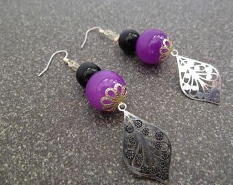 Delicate purple and black Stud Earrings