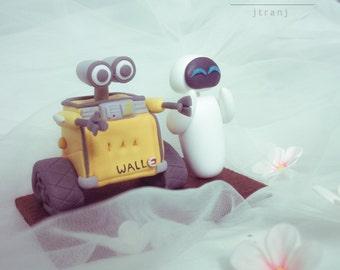 Wedding Cake Topper Wall-e and Eve. Clay Figurine, Clay Miniature