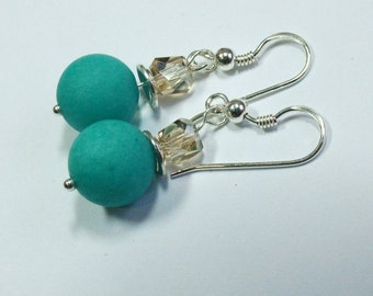Silver Earrings with Jade bead mat 10 mm green and a Swarovski crystal 5 mm
