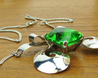 Sterling Silver Chartreuse Green rhinestone glass Necklace vintage Hand Made old Mexico chain 1940 jewelry 925