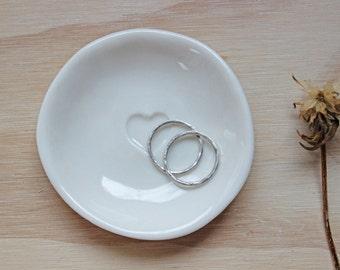 Heart Ring Dish - Love - Ceramics - Handcrafted - Gift idea