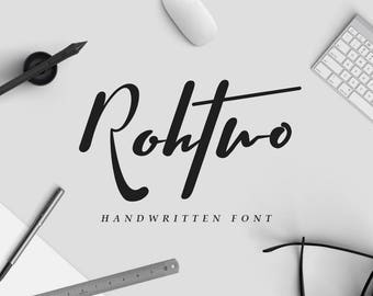Rohtwo Bold Signature Typeface