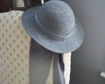 Vintage Accessory Hat Women's Gray Wool Lancaster Tie Hat