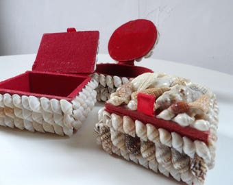Set of 3 antique jewelry boxes, boxes ring bearer shells, 70's kitsch.