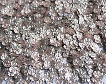 100 Metallic  Round Shape Sequins......crimpled effect/KBRS076