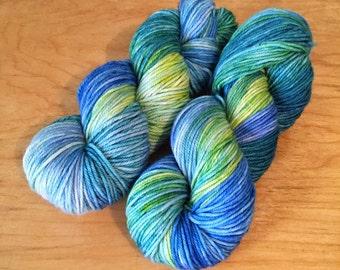 """Hand-Dyed MCN Worsted Yarn """"Imaginarium"""" Merino Wool Cashmere Nylon Worsted Weight Yarn"""