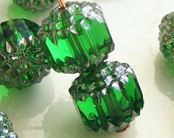 8mm Cathedral Beads Czech Glass Fire Polish Emerald Green with Silver (Qty 8) SRB-8FPC-G-S