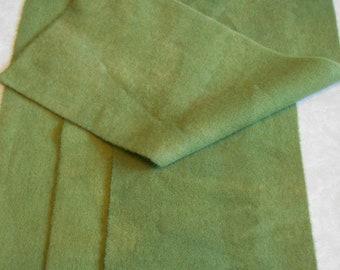 Teint à la main laine tissu - laine vert sauge - rug hooking - applique et l'artisanat - primitive d'artisanat - quilting arts de l'aiguille - couture - - 061
