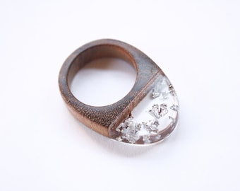 Statement ring in size US 7.5 handmade from Australian wood and transparent resin with embedded silver leaf flakes. Made in Australia