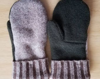 Wool mittens from upcycled wool sweaters