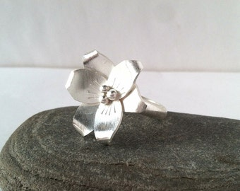 Daylily Ring - Sterling Silver, choose your size
