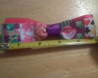 Chesire cat Alice in Wonderland inspired Hairbow Geeky Nerdy