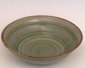 Hand thrown Stoneware Serving or Salad bowl       SHIPPING INCLUDED