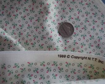 1 Yard Cream and Pink Rosebud Fabric