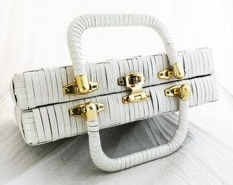 Wicker Purse – Vintage White Lacquer Free Standing Picnic purse Lesco Hong Kong