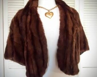 Vintage Fur Capelet from 1950's / Dark Brown Fur Cape / Wedding Fur /  Bridal Wrap / Fur Shrug / Fur Shawl