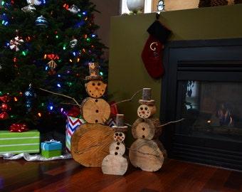 Log Snowmen Family (1 each Small, Medium and Large)