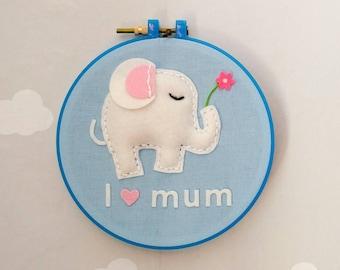 "Wall decoration ""I love mum-elephant"" in 100% wool felt"