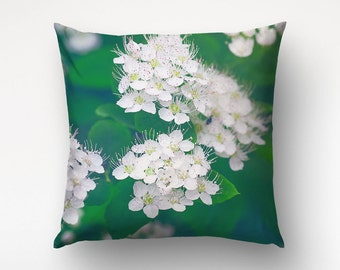 Floral Pillow, White Flower Decor, Nature Photography, Pillow Cover, Green Decor. UL029
