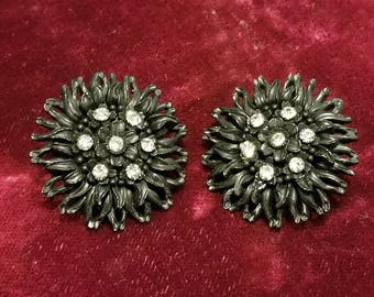 Really cool, vintage 50's, molded celluloid, black, clip, flower earrings with rhinestones!