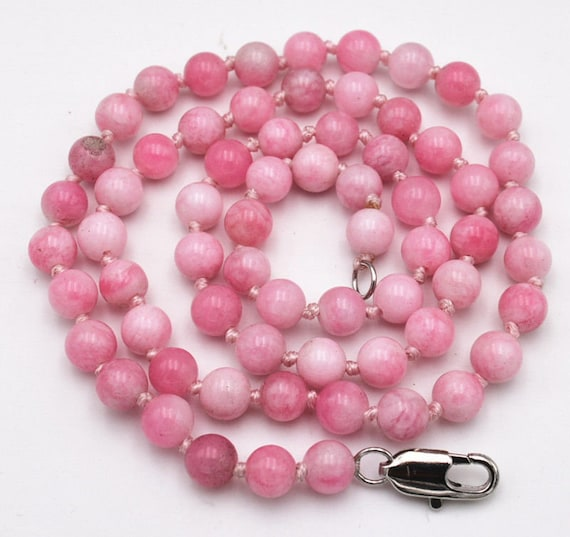 Lovely 6mm round knotted pink snowflake jade beaded necklace 18""