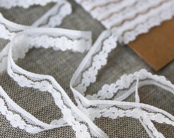 "Vintage lace trim, Floral white lace, 1/2"" wide lace"