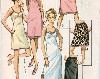 vintage Simplicity 9115 sewing pattern // Misses' and Women's Slip and Half Slip in Three Lengths