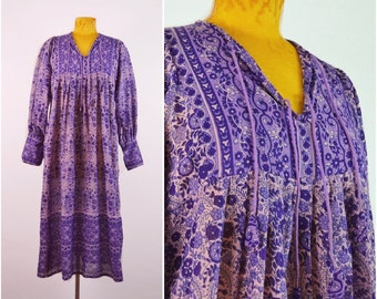 Riha Indian Dress // vintage 70s floral cotton dress Boho dress 1970s Deadstock INDIA festival dress Bohemian  hippie gypsy dress One Size