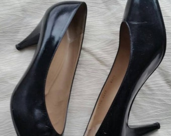"""80s Vintage Bruno Magli black patent leather pointed toe 3.5"""" heel pumps shoes 10.5 B"""