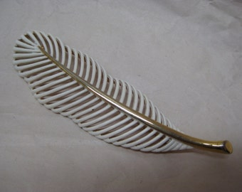 Feather White Gold Brooch Vintage Pin Monet Enamel
