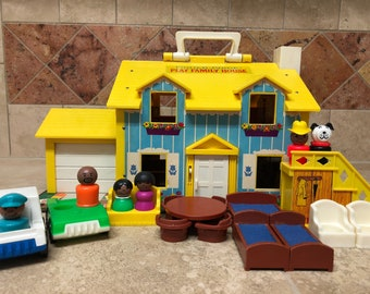 Vintage Fisher Price Play Family House