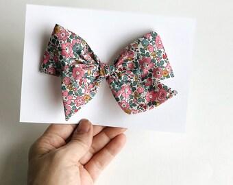 large pinwheel bow || clip or nylon headband