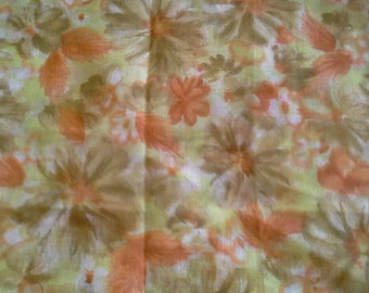 Yellow and Orange Lightweight Polyester Fabric 1 Yard X0683