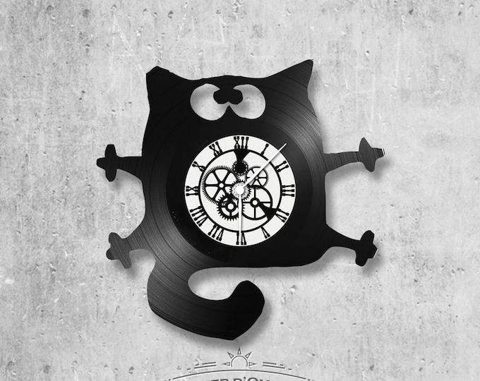 Vinyl 33 clock towers flattened cat theme