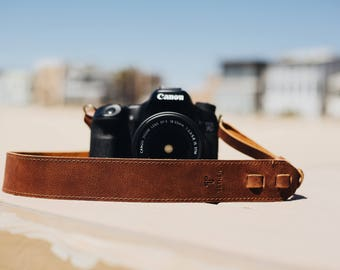 Personalized - Brown Leather Camera Strap for DSL/SLR camera, DSLR Camera Strap. Camera accessories. Canon camera strap. Nikon camera strap.