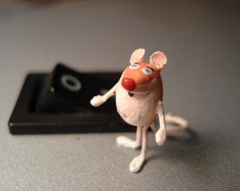 Mischievous Micro Mouse