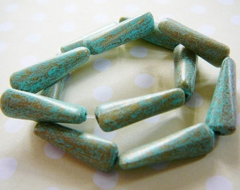 Vintage ..  Beads, Verdigris Twisted Resin jewelry supplies