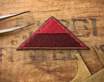 Red Two Tone Geometry Embroidered Iron On Applique With Felt (10pcs.) A02