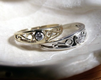 The Crow Ring in 14K  White or Yellow Gold and Diamond RF180d