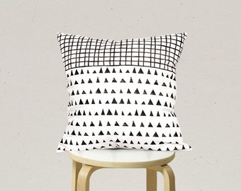 Decorative Pillow cover, Geometric Pillowcase, Kids Pillows Case, Black and White Pillow Case C2