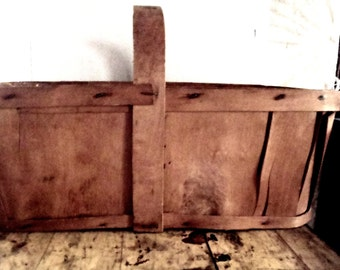 Vintage Primitive Large Wood Berry Basket With Handle