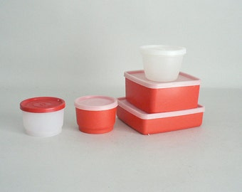 Tupperware Containers With Sealing Lids