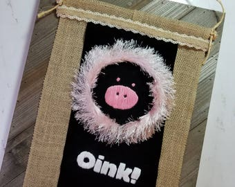 Oink! Pink Pig - Hand Embroidery Hoop Art Wall Hanging: Decoration, Gift