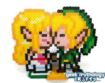 Legend of Zelda - Link and Zelda Kissing Gamer Wedding Cake Topper Decorations SMALLER SIZE