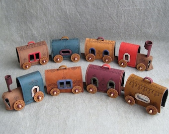 Leather Train, Leather Toys, Leather Home Decoration, Cute Leather Toys, Toys locomotive, Toys carriages
