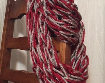 Knit Chunky Infinity Scarf - Red/Grey
