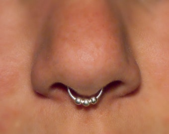 Fake Septum Ring, 3 Ball Septum Nose Cuff, 20 gauge - Silver (fake nose ring), faux nose ring, unique gift, fake piercing, cheater jewelry