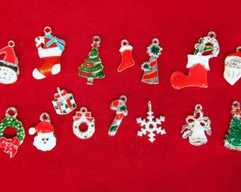 """BULK! 30pc mixed """"Christmas"""" charms in antique silver style (BC43B)"""