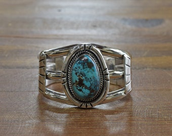 Bold Ladies Sterling Silver and Turquoise Southwest Cuff Bracelet