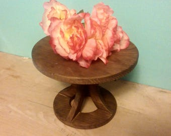 Rustic Wedding Cake Stand, Reclaimed wood, Custom Cake Stand, Rustic Cake Stand, Country Wedding decor, Round Cake Stand
